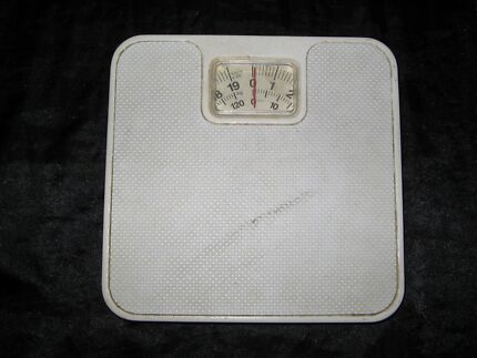 Vintage/Early 1980s Bathroom Scales Murrumbeena Glen Eira Area Preview