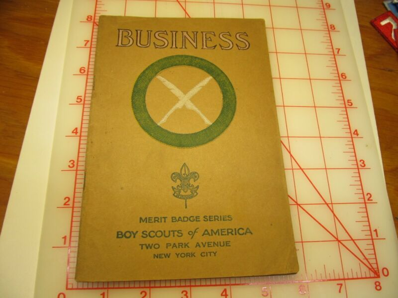 Tan cover Business merit badge book June 1931 type (3B)