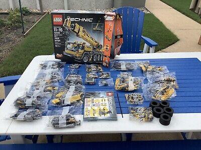 Lego Technic Mobile Crane MK II (42009). Damaged Box.