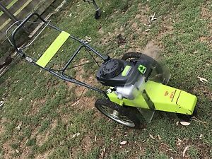 Grillo professional Trimmer/Slasher Toolern Vale Melton Area Preview