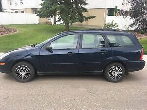 2004 Ford Focus ZTW Wagon dark blue 181k