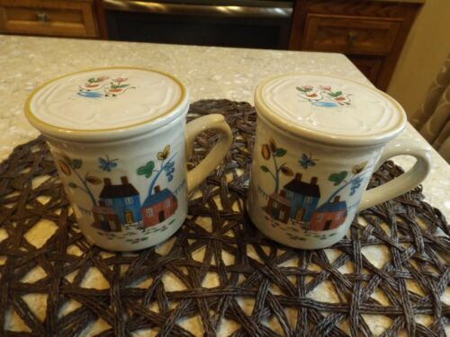 International Heartland Cocoa or Soup Mugs with Lids Set of 2 - Hard to Find