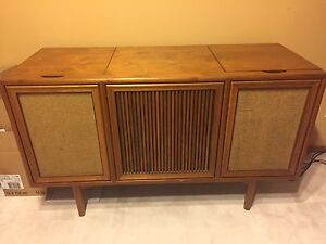 Mid Century Modern Stereo / Record Player - solid wood