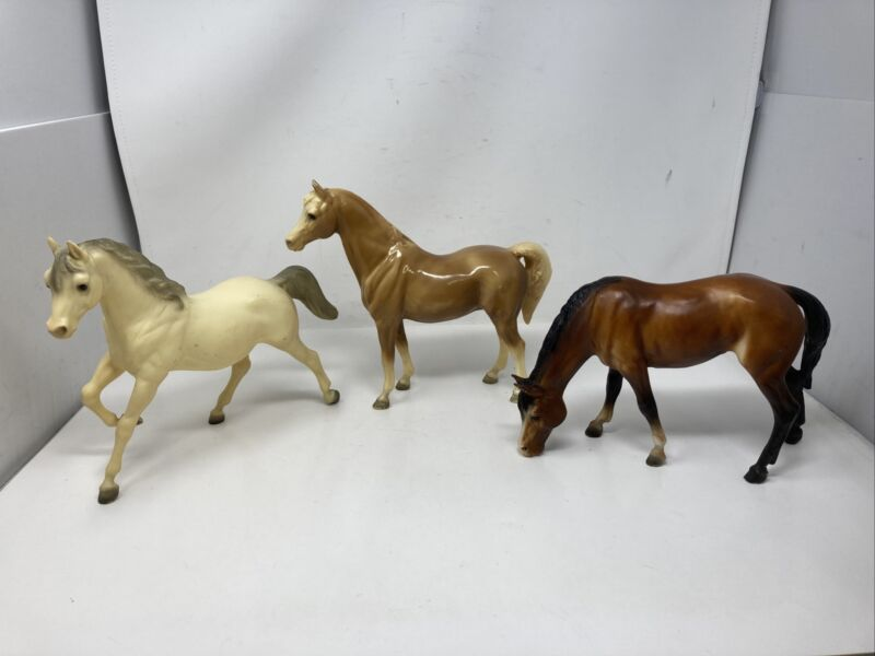 Lot Of 3 Breyer Molding Co. Traditional Horses