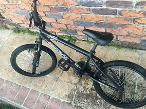 Used Redline Recon BMX Bike Yamanto Ipswich City Preview