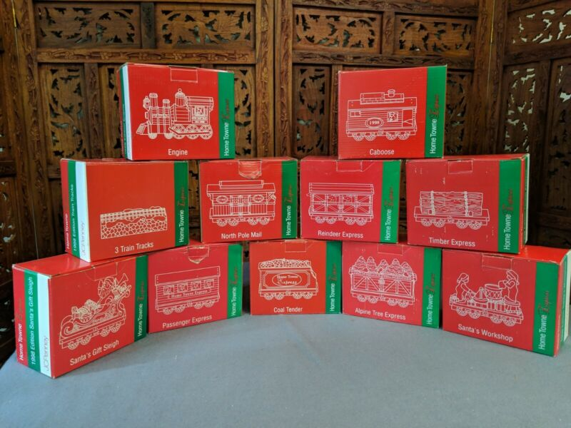 Home Town Express 1998 Collectible Train Set 10 train pieces & 1 box of track
