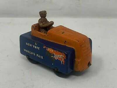 1939 New York World's Fair, Arcade #7290 Souvenir Tractor Train, Tractor Only
