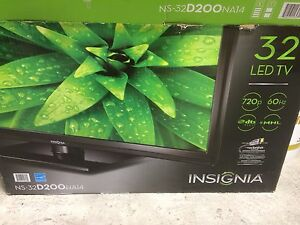 "32"" insignia led tv"