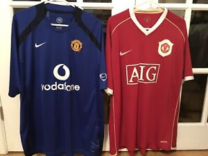 222a8c88a 2 Manchester United Soccer Jerseys