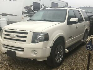 Ford Expedition heated leather seat and Ac seat dvds players