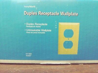 Jasco 40097 Duplex Receptacle Wallplates 1 Gang Lot Of 182 Pieces Brand New