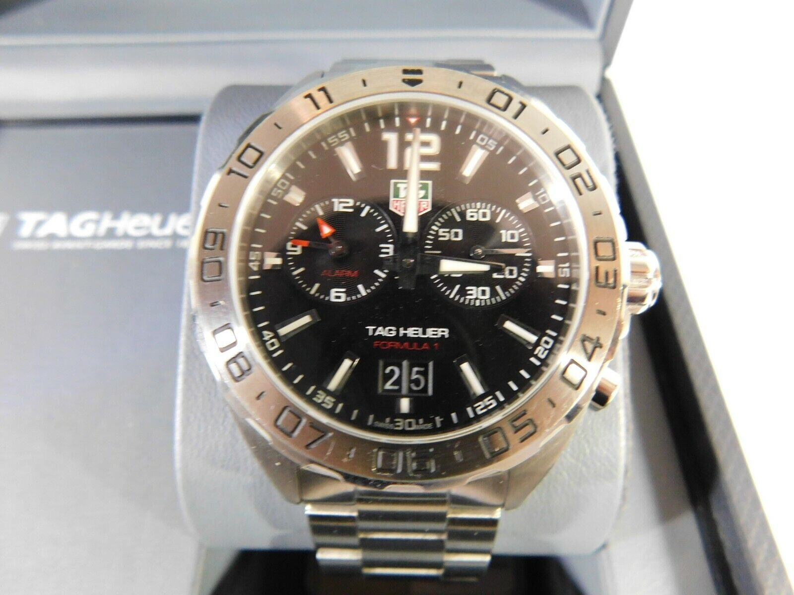 Tag Heuer WAU111A.BA0858 Formula 1 Date/Alarm Men's Watch