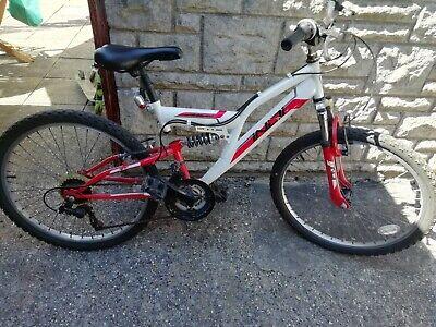 "Indi unleashed Boys mountain bike 24""wheels Red/white"