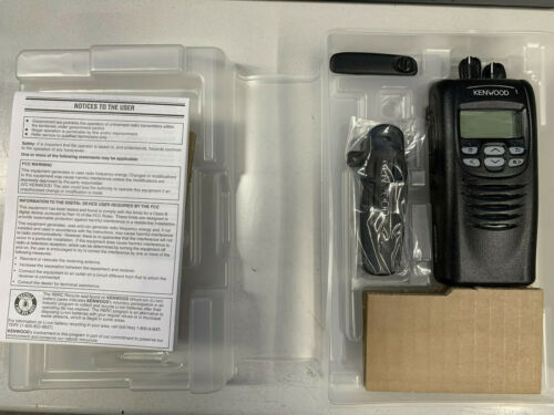 Kenwood NX-300 G UHF Transciever Radio - Antenna + Clip Included!