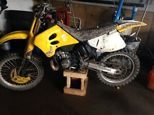 1995 .rm 250 needs rad and crack in casing