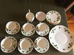 Tea Set - 21 pieces - Fine Bone China - Ivy Colclough pattern