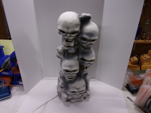 "1993 Trendmasters Skull and Bones Light up 18"" Halloween Blow Mold"