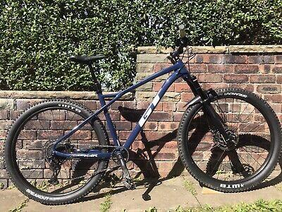 GT Zaskar LT Mountain bike. Large frame. 29 Inch Wheels.