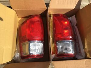 Toyota Tacoma 3rd gen tail lights.