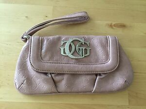 Dusty rose authentic GUESS clutch
