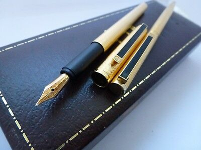 GOLD DUNHILL FOUNTAIN PEN AND BIRO