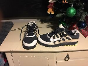 Nike Golf Shoes Men size 9