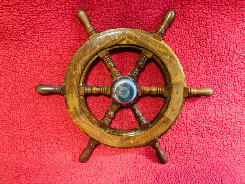 "VINTIQUE HELM SHIP WHEEL OFF OF CHRIS CRAFT* 20"" TIP TO TIP* WITH 1""BORE+1/8""KEY"