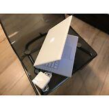 """Apple MacBook White 13"""" A1181 120GB HDD / 2.GHz/ 4GB RAM/ WiFi/ Cam/ MB061LL/A."""