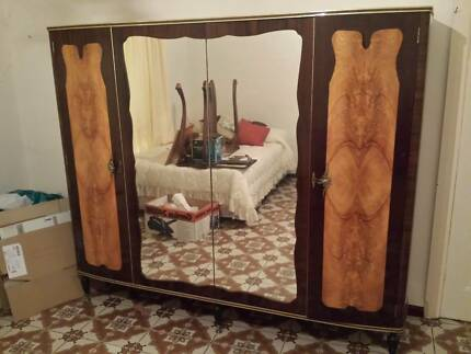 Antique Period Bedroom Suite