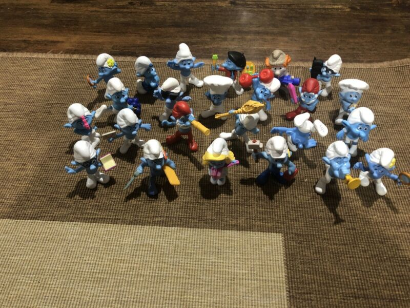 Lot Of 24 Vintage Smurfs Figures
