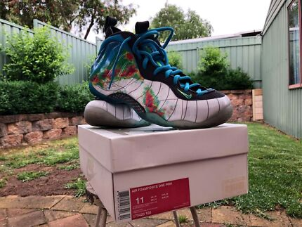 NIKE WEATHERMAN FOAMPOSITE.