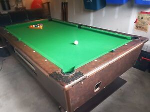 Pool table and equipment