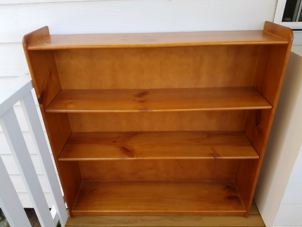 Solid Bookshelf bookcase