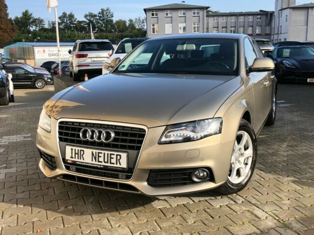 Audi A4 1,8 TFSI Lim. Attraction Xenon/1.Besitz/DSP