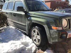 2008 Jeep Patriot Limited 4x4 leather seats fully loaded