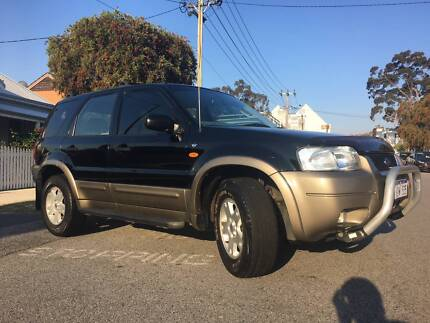 Ford Escape XLT (Luxury model) 3.0L V6 – Excellent condition