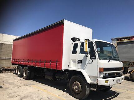 REDUCED PRICE!!!  Truck Isuzu