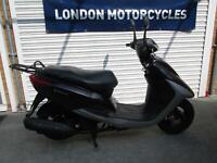 Yamaha Vity XC 125 2009 ONLY 900 Miles, 1 Owner, Smaller Lightweight auto