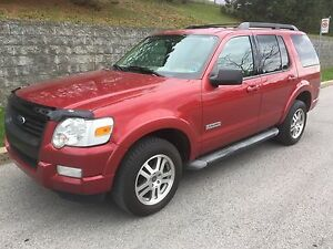 FORD EXPLORER XLT 4X4 2007 ( !! 7 PASSAGER !! )