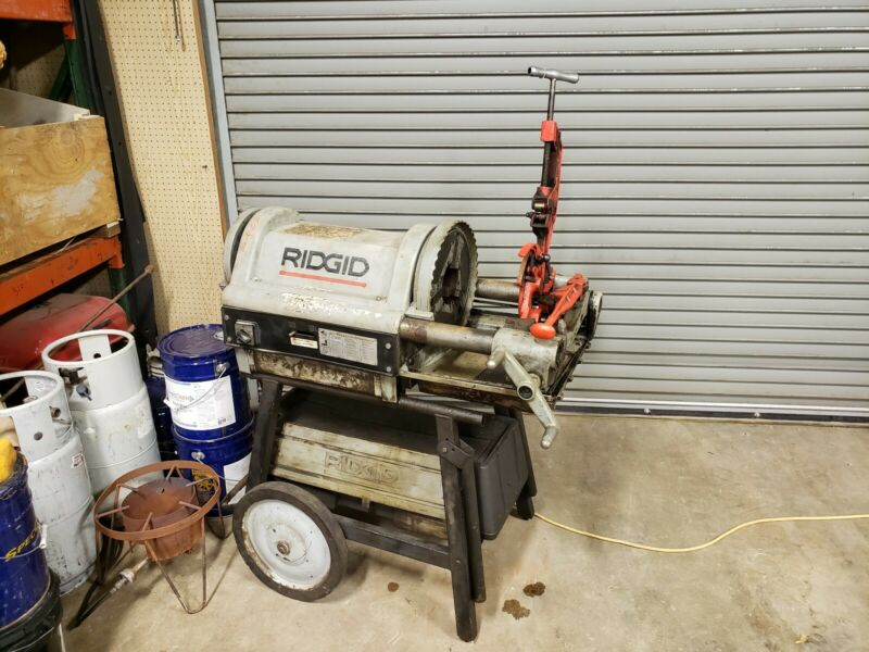 RIDGID 1224 PIPE THREADER RIGID