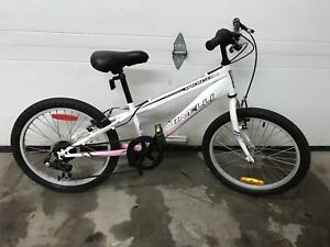 "Bicyclette fille 20"" girl bicycle"