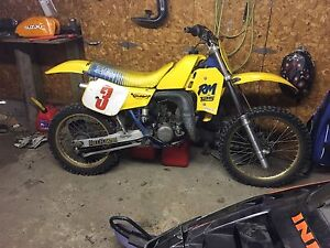 1985 rm125 NEED GONE!!!!!!