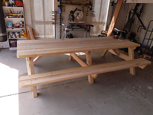 3000 long 100 % Aussie hardwood picnic table / bench Narre Warren Casey Area Preview