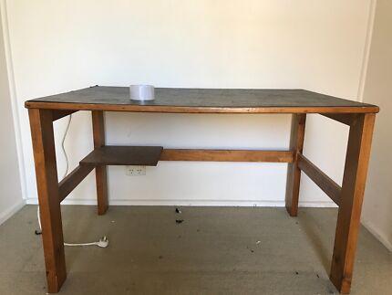 Large work desk & Gorgeous huge designer work desk   Desks   Gumtree Australia ...
