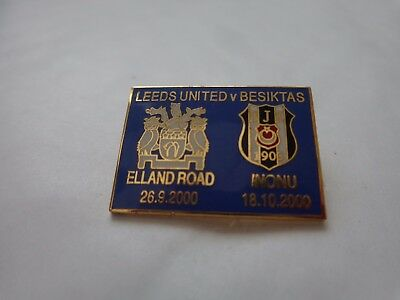 CLASSIC LEEDS UNITED V BESIKTAS 2000/01 CHAMPIONS LEAGUE MATCHDAY BADGE