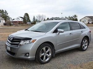 2015 Toyota Venza XLE AWD V6, Remote starter, backup camera