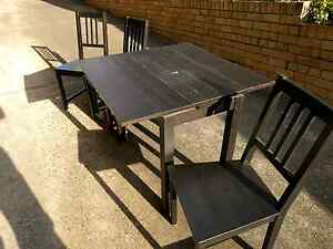 Free table and 4 chairs North Bondi Eastern Suburbs Preview