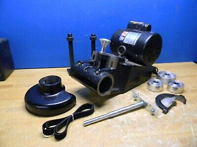 Dumore Tool Post Grinder Interchangeable Internal And External Spindle 8205-210