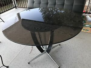 Round glass table from 1960s