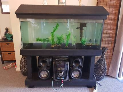 4FT FISHTANK WITH STAND & ACCESSORIES